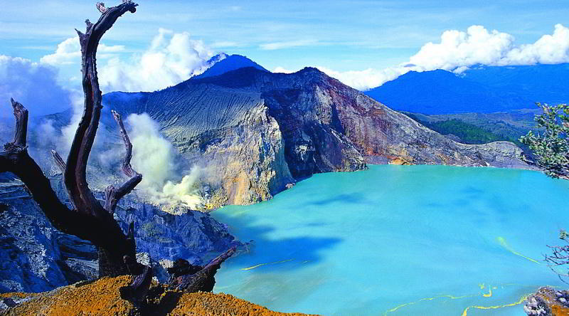 Kratersee des Ijen © Ijen Resort