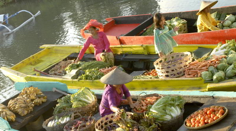 Schwimmender Markt in Banjarmasin © Ministry of Culture and Tourism, Republic of Indonesia