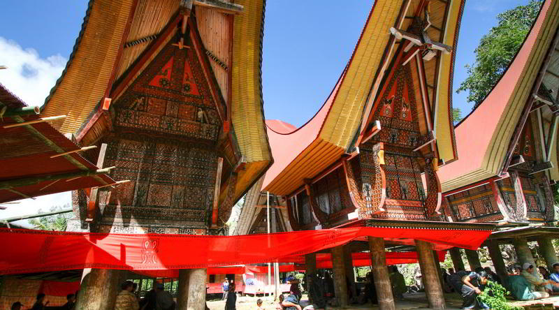 Tongkonan-Haus in Tana Toraja © Christopher Missling