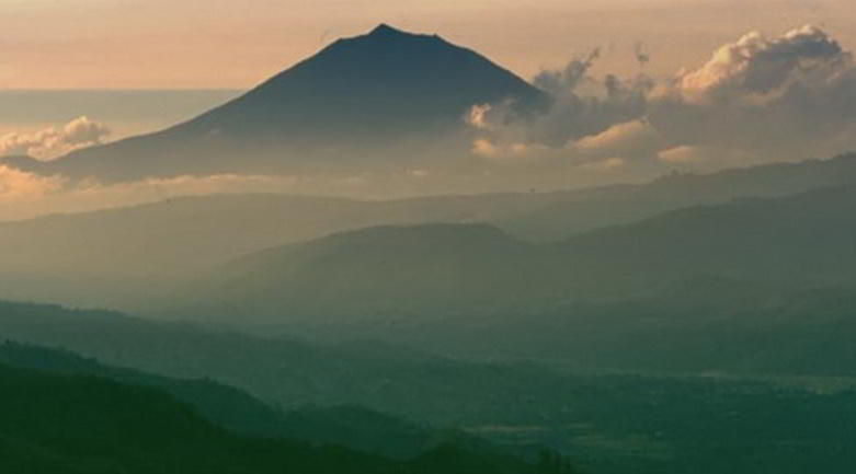 Gunung Kerinci © Ministry of Culture and Tourism, Republic of Indonesia